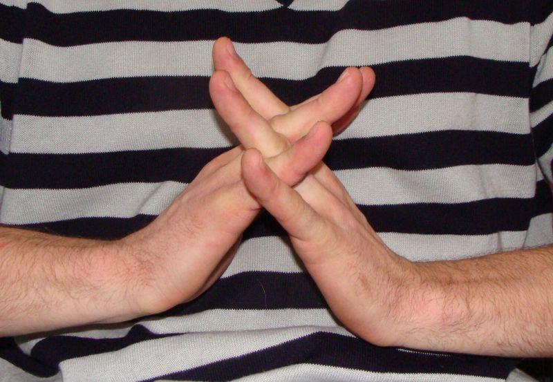 Interlocked Fingers2
