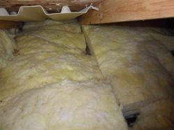 Poorly installed fiberglass batts