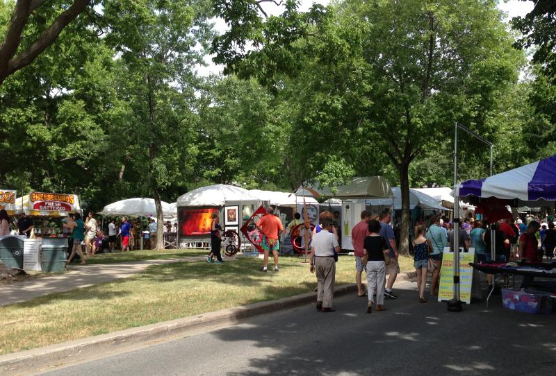 Uptown-art fair4