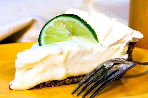 Key-lime-pie-closeup