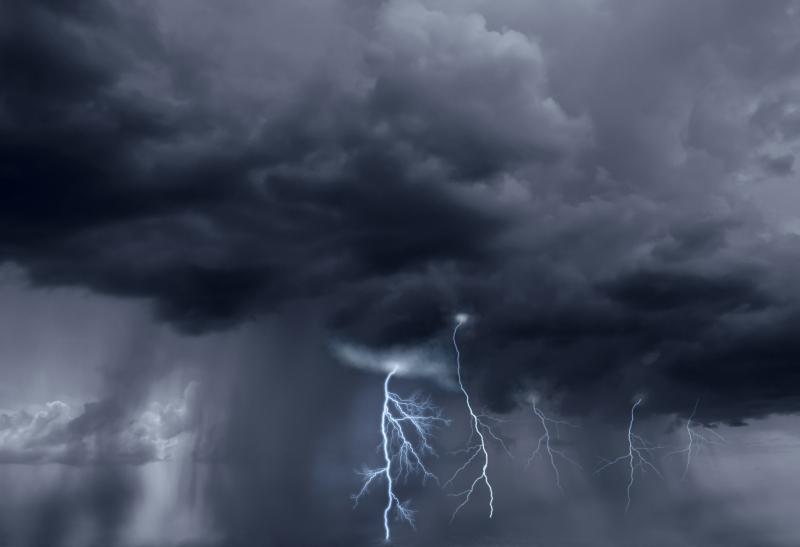 AdobeStock_60467693-storm