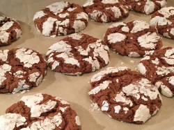 Chocolate peppermint crinkles 2